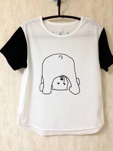 くまのまたのぞきTシャツ