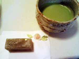お抹茶と手づくりの和菓子