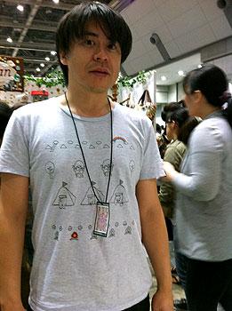 ナウーシニクTシャツ